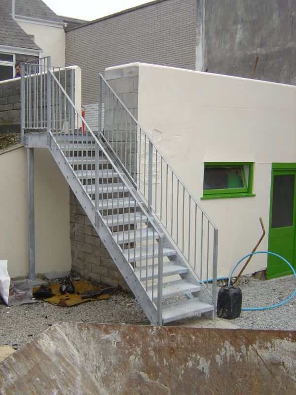 SIMPLE FIRE ESCAPE · PENWITH COLLEGE FEATURE STAIRS